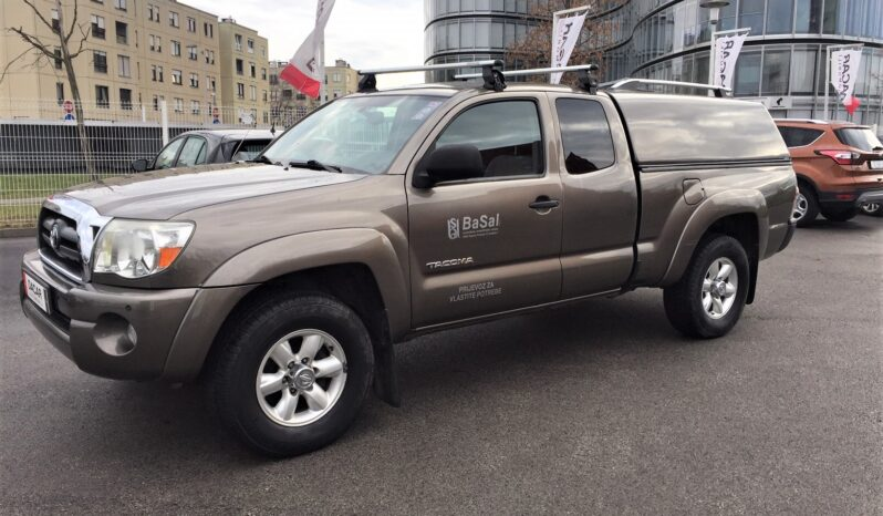 Toyota Hilux – Tacoma 2.7 plin !!! 4×4 samo 120.000 km full